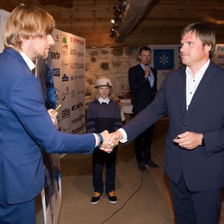 Eesti Suusaliit lõpetas hooaja ja sõlmis uue koostöölepingu
