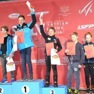Eesti noorte meistrivõistlused Pyhal ülisuurslaalomis 2018
