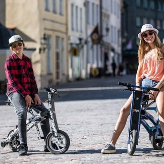 THIS ELECTRIC BIKE IS AMAZING/Kelly & Henry Sildaru/Vlog8 - 19