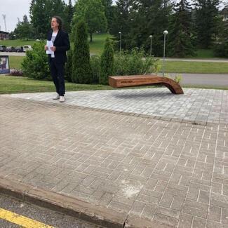 Otepääl avati mälestuspink Eesti suusalegend Arne Sirelile