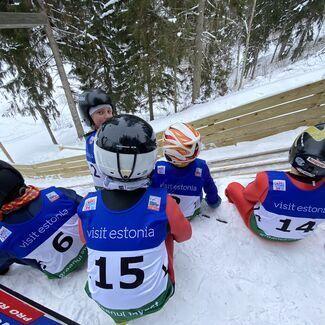 Väikesed mägikotkad jagasid medaleid ja Eesti meistritiitleid Võrus Andsumäe suusahüppemäel