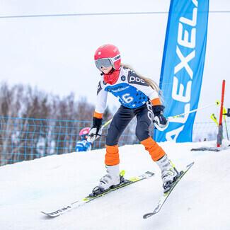 Täna jätkusid Kütiorus EnMV ja Alexela Noorte Alpisarja III etapp