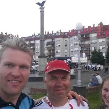 Peeter Kümmel ja Mariel Merlii Pulles osalesid Horvaatias Oroslavjes rullsuusatamise MK etapil